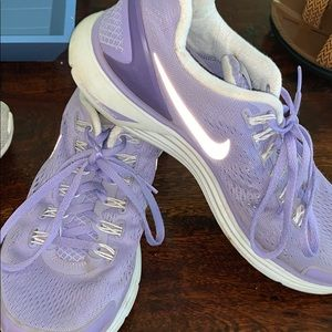 Purple Women's size 10 tennis shoes